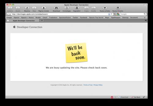 applewebsite News   Apple met en attente le site web pour y apporter des modifications !