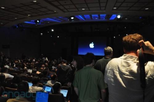 os4 outside live rm eng3 500x331 News   Keynote dApple du 8 Avril 2010 en direct !