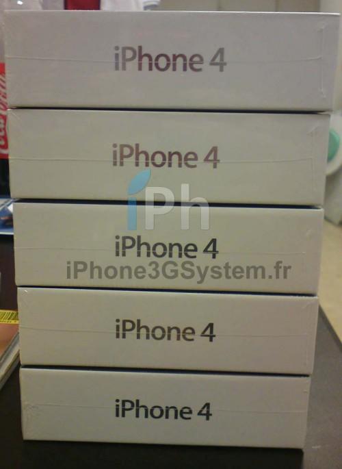 221 500x685 News Exclue iPh   iPhone 4 : Photos des stocks opérateurs français