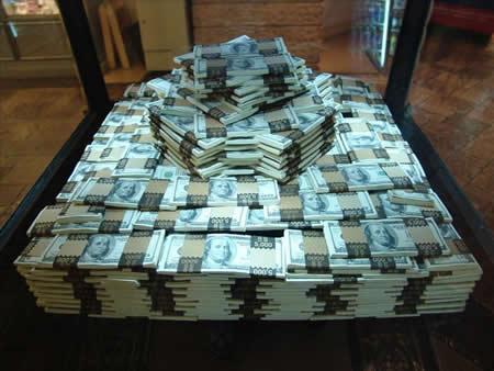 billion dollars News   Paul Shin Devine responsable chez Apple arrêté par le FBI pour avoir vendu des informations secrètes