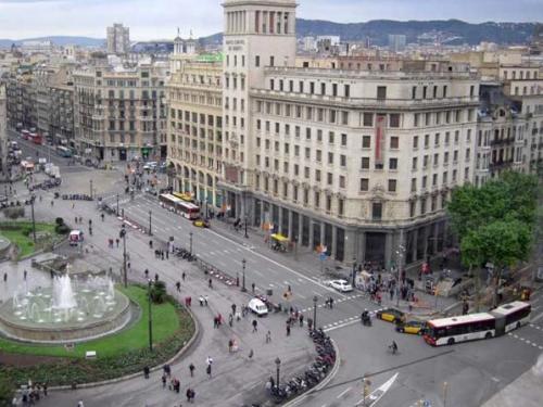 Capture d'écran 2010 09 29 à 16.57.44 500x375 News   Ouverture dun nouvel Apple Store à Barcelone