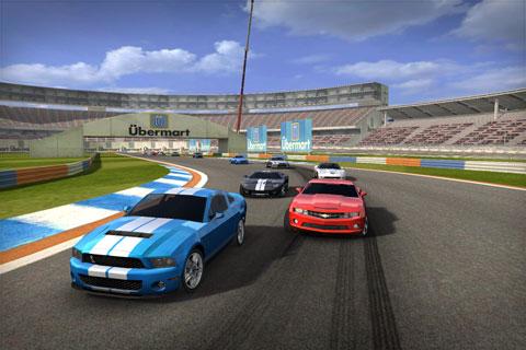 194 AppStore   Real Racing 2 pour le 16 Décembre