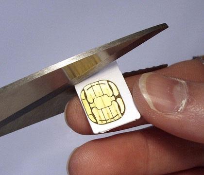 cartesim News   Apple rétrécit encore la carte SIM