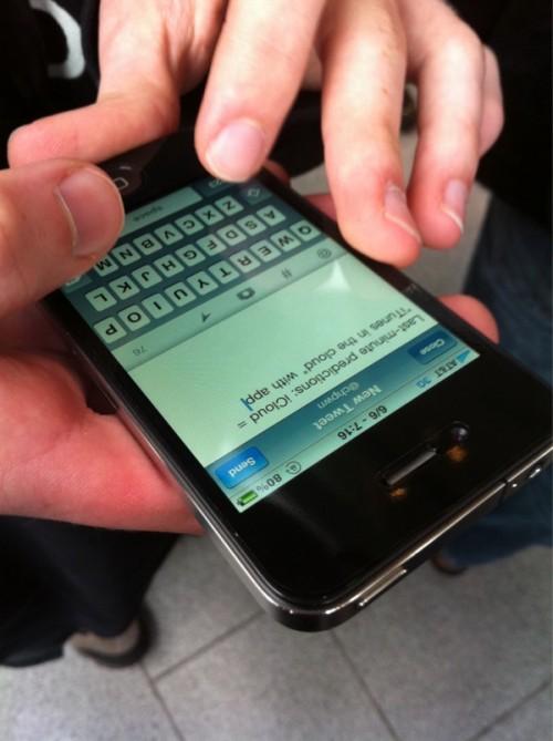 315487633 500x669 News   La file dattente pour la WWDC a déjà commencé [MAJ CONTINUE]