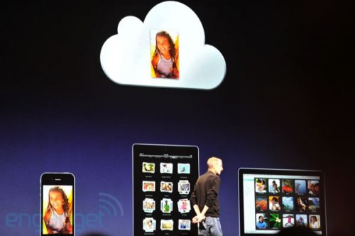 stevejobswwdc2011liveblogkeynote0971 500x332 News   Résumé de la KeyNote : iOS 5 et iCloud
