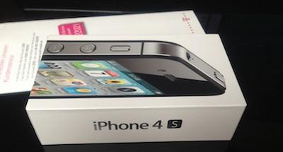 ip4sl7 Un propriétaire allemand reçoit son iPhone 4S