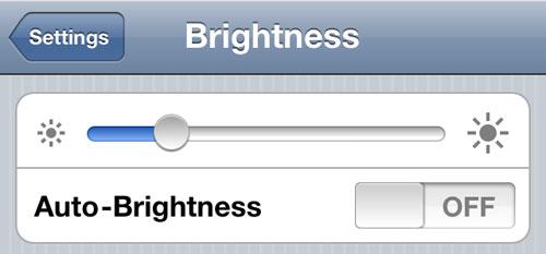 brightness Cydia : BrightnessPlug ajuste la luminosité lorsque votre appareil est branché