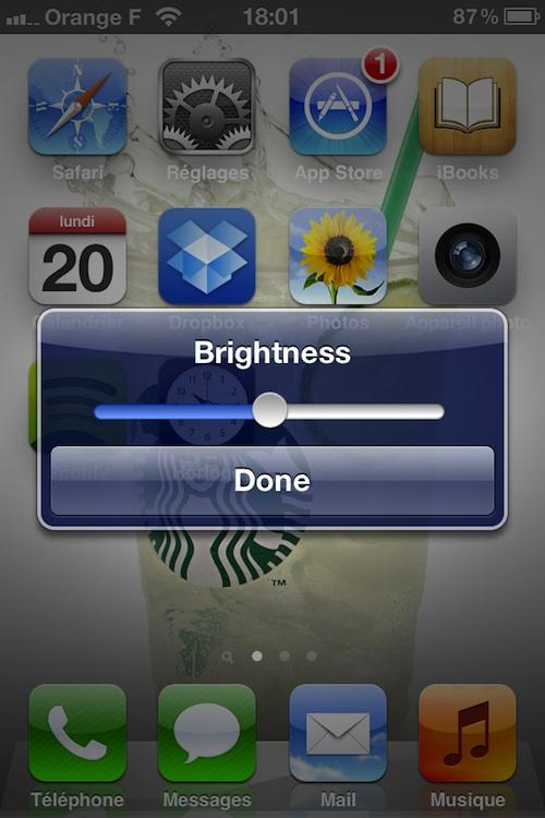 QuickBrightness Cydia : QuickBrightness, la luminosité dans une pop up