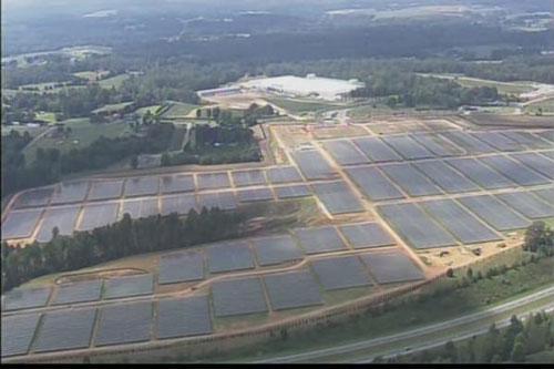 data+center+apple+maiden+1 Maiden Data Center : photos aériennes du parc de panneaux solaires
