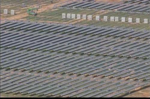 Maiden Data Center : photos aériennes du parc de panneaux solaires
