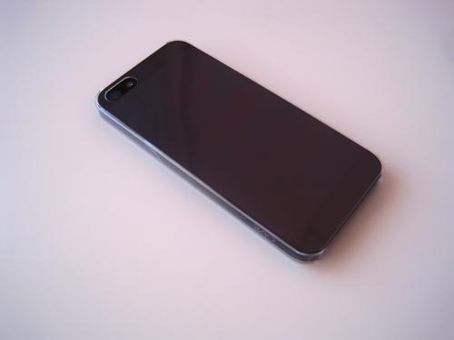 11 ZERO 5 : La coque iPhone 5 qui fait 0.5 mm dépaisseur [ENFIN DISPO]