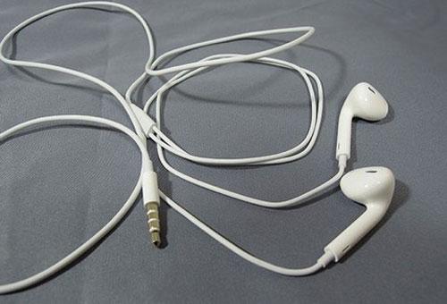 earpod Les premiers déballages des nouveaux iPods