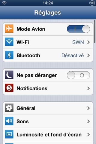 ios7flattheme Cydia : iOS 7 Flat Theme met un peu diOS 7 sur votre iPhone