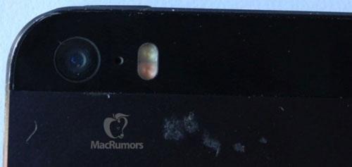 iphone 5s camera flash 800x380 Nouvelles images de liPhone 5S, puce A7 et double flash LED ?