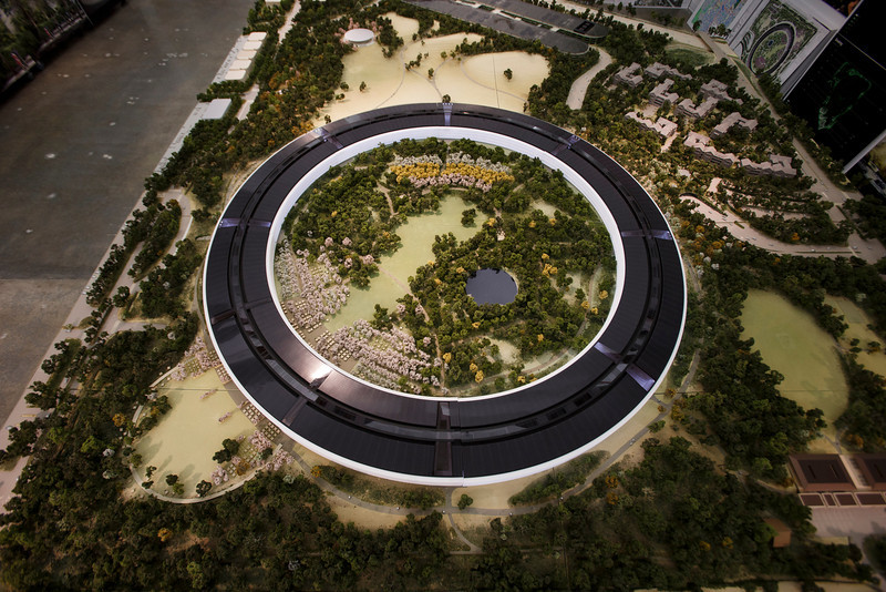 ssjm1013apple029 L Apple dévoile la maquette 3D de son futur campus