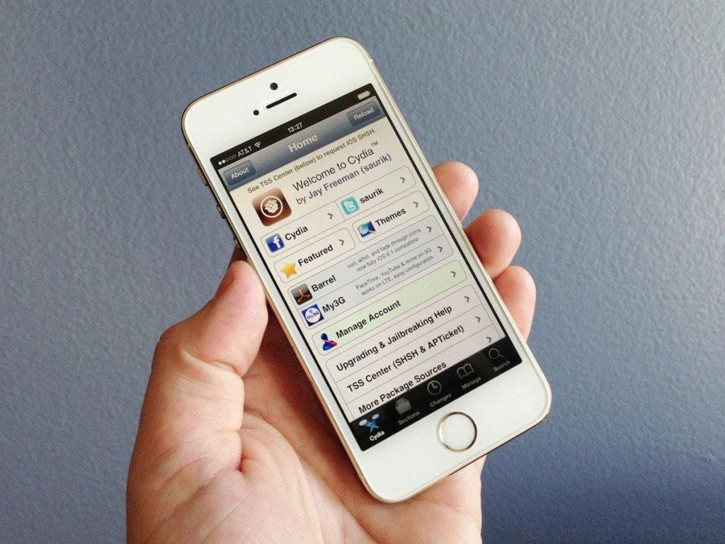 Cydia running iPhone 5s Quel futur pour le jailbreak sur iOS 8 ?