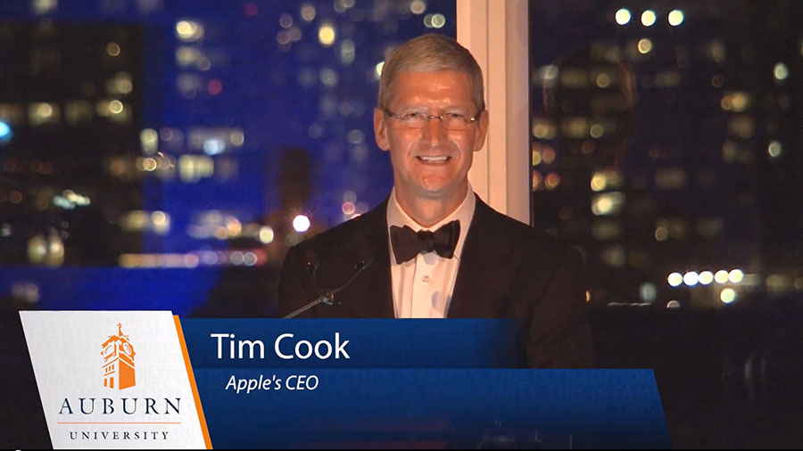 tim cook auburn Tim Cook toujours plus puissant