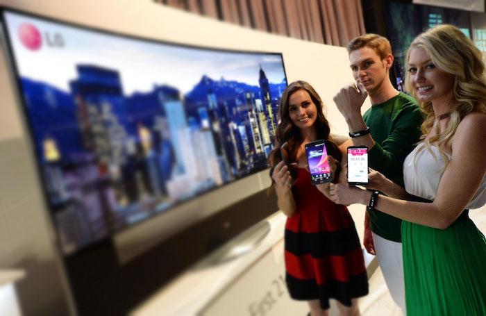 lifeband touch LG dévoile le LifeBand Touch, un bracelet fitness compatible iOS