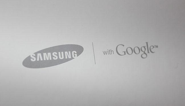 samsung logo with google Samsung et Google sassocient pour 10 ans