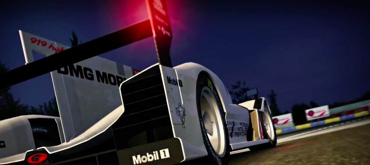 Real Racing 3 2.3.0 for iOS Le Mans update teaser 001 Real Racing 3 se met à jour et fonce dans la nuit