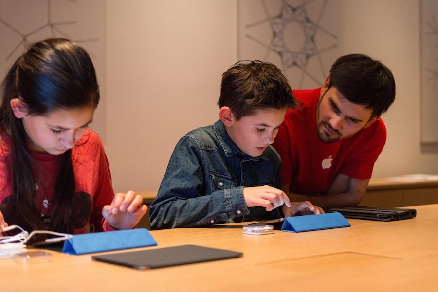 Hour of Code Berlin 3 Apple présente la galerie photos des ateliers Hour of Code