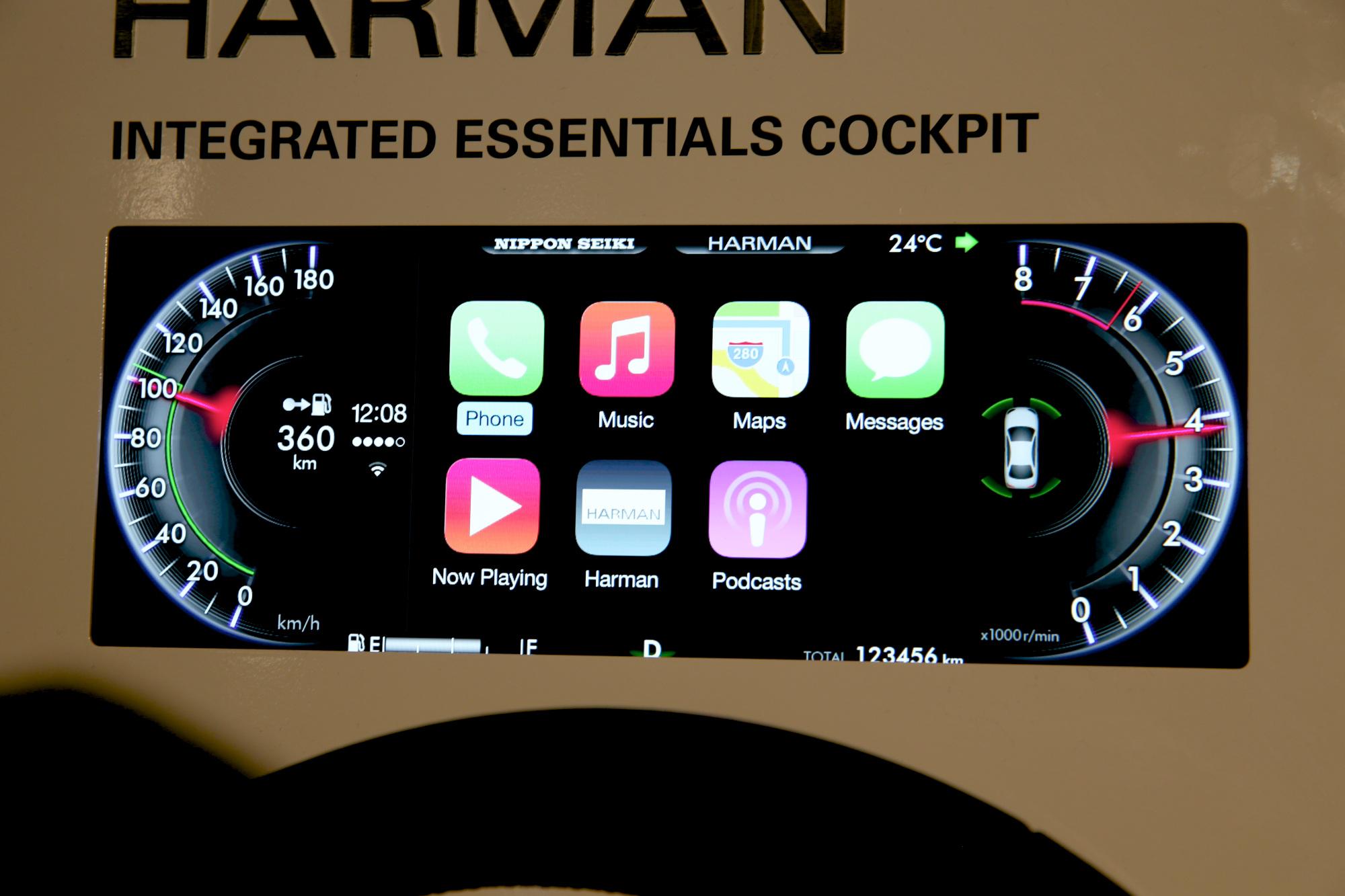 img 7694 Harman intègre CarPlay dans les compteurs