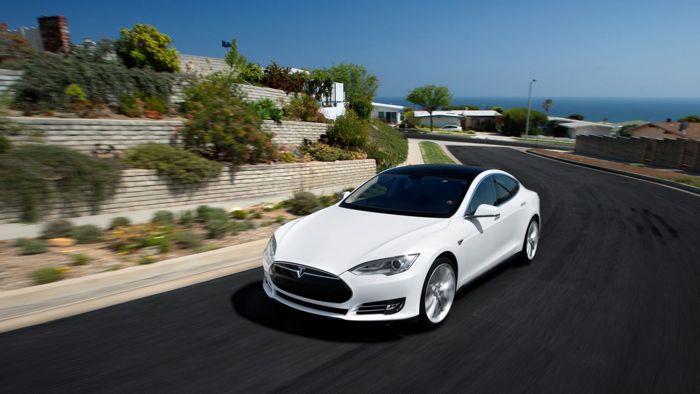 Telsa Model S James Bond mode 001 La Tesla Modèle S possède un mode James Bond caché