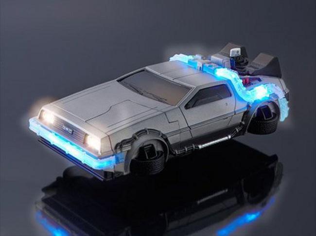 delorean coque iphone 6 Une coque diphone 6 en forme de DeLorean, ça vous dit ?