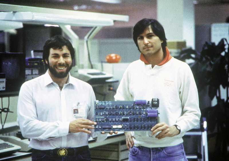 steve wozniak et steve jobs Biopic Steve Jobs : Première fuite dimages du tournage