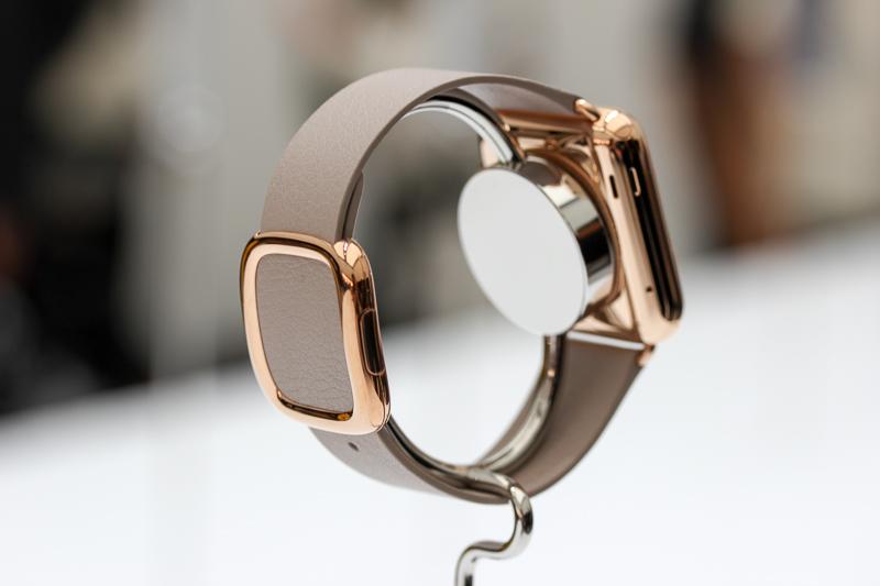 apple watch gold magsafe Caméra FaceTime, WiFi amélioré et nouveau modèle pour lApple Watch 2 ?