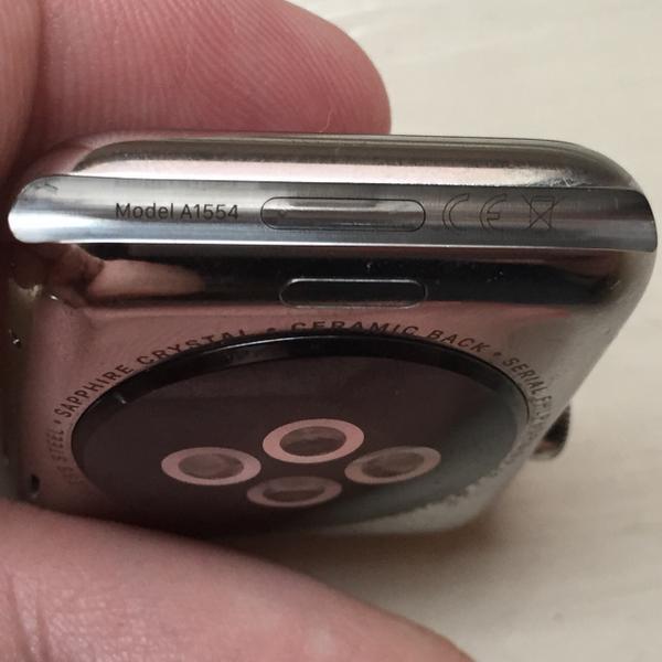 CCHh5sIWMAEBg l LApple Watch dispose bien dun connecteur caché
