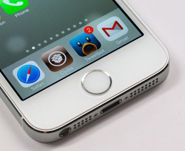 iOS 7 Jailbreak and iOS 6.1.3 Jailbreak1 IneffectivePower / Unicode Suppressor : la scène jailbreak propose un correctif au message de la mort