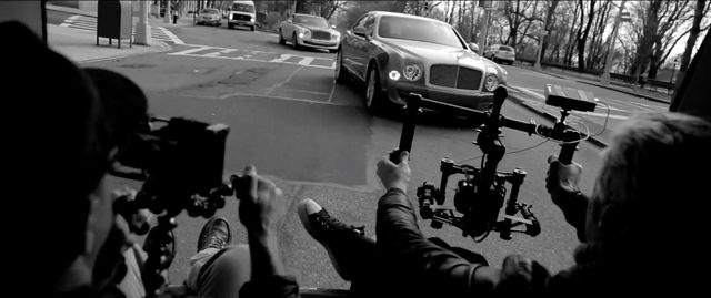 Bentley Intelligent Details part two image 002 Bentley : une publicité haut de gamme filmée avec des iPhone 6 et 6 Plus