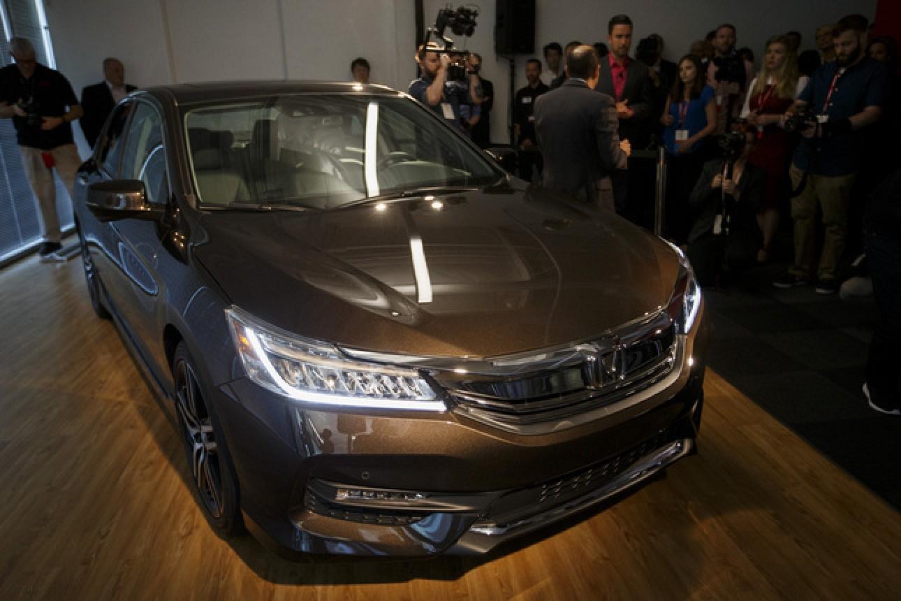 2016 Accord Mercury News CarPlay : Honda annonce son premier véhicule compatible