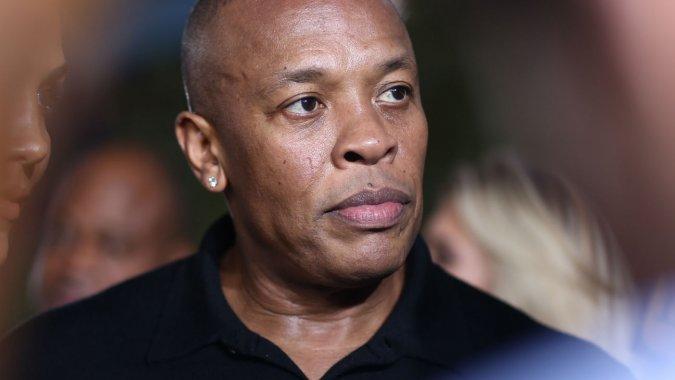 Dr. Dre Soutenu par Apple, Dr. Dre sexcuse pour ses anciens actes de violence conjugale