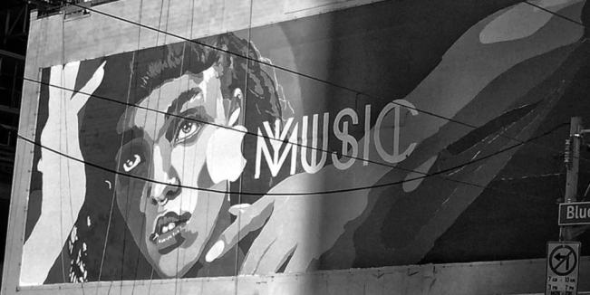 apple music pubs 5 e1438773275303 Apple Music : des publicités dans les capitales