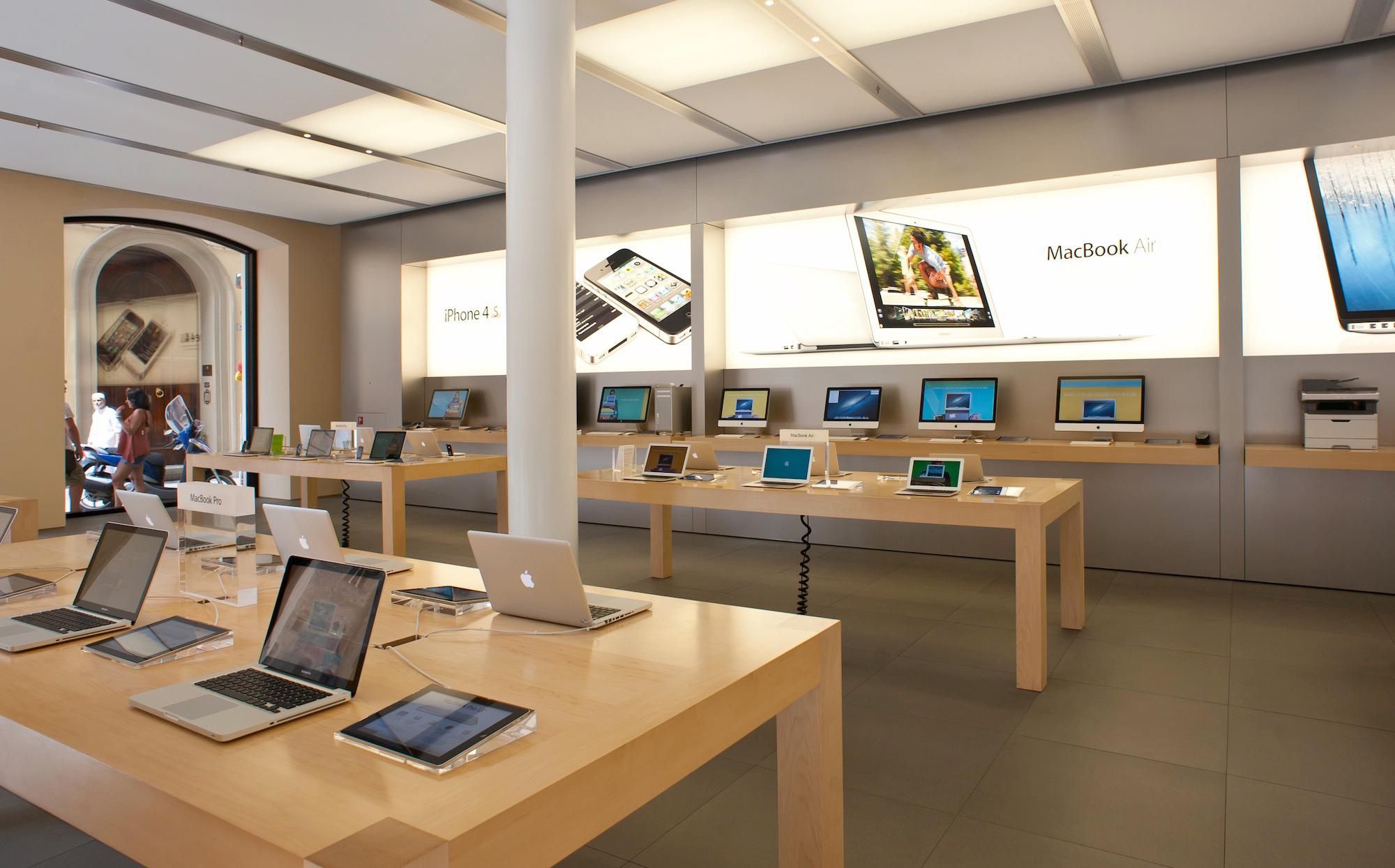 apple store italy Les iPad « Smart Signs » vont disparaître des Apple Store !