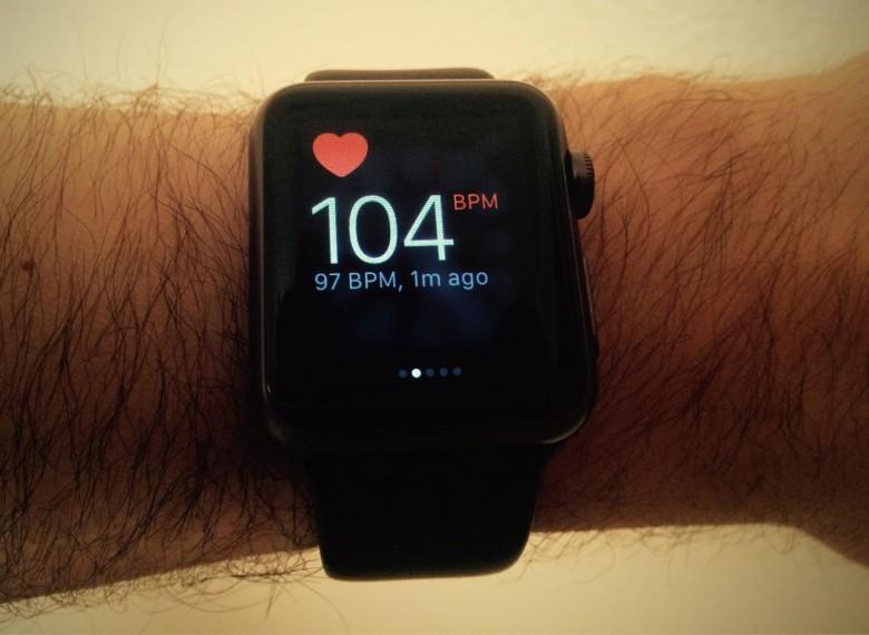 Apple Watch Heart Monitor 780x570 Insolite : lApple Watch sauve une nouvelle vie dune crise cardiaque