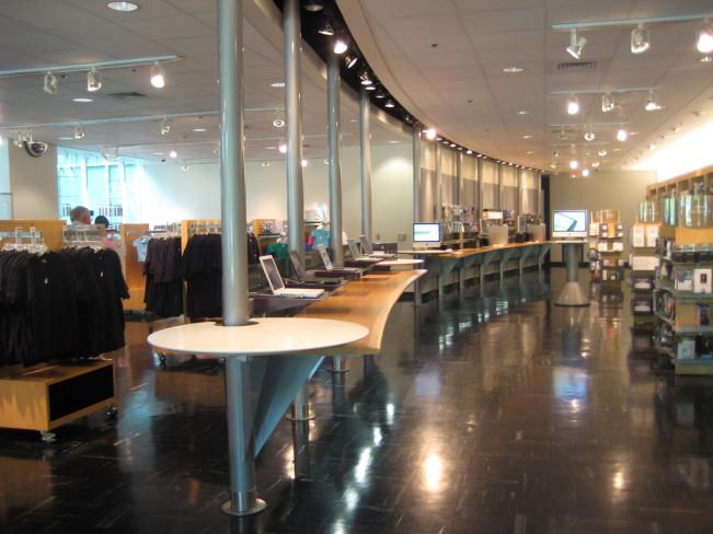 company store apple e1442326148317 Le Company Store de Cupertino ouvre à nouveau samedi