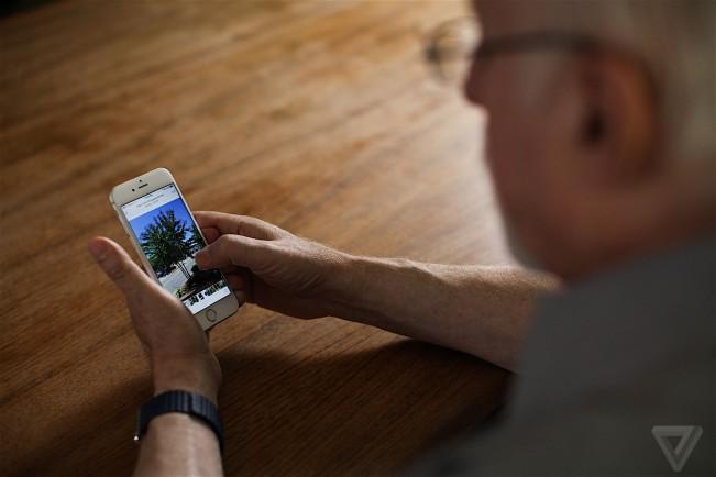 walt mossberg iphone 6s e1442996727521 Le célèbre Walt Mossberg teste l'iPhone 6s en vidéo