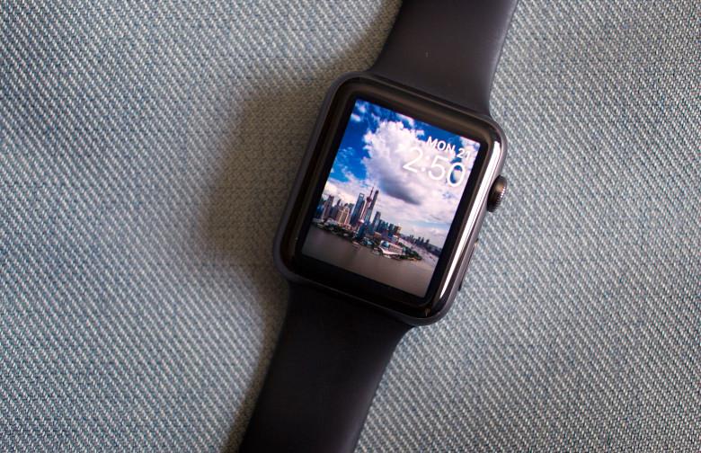 20150921 watch update 0101 780x504 LApple Watch viendrait de générer plus d1,7 milliards $