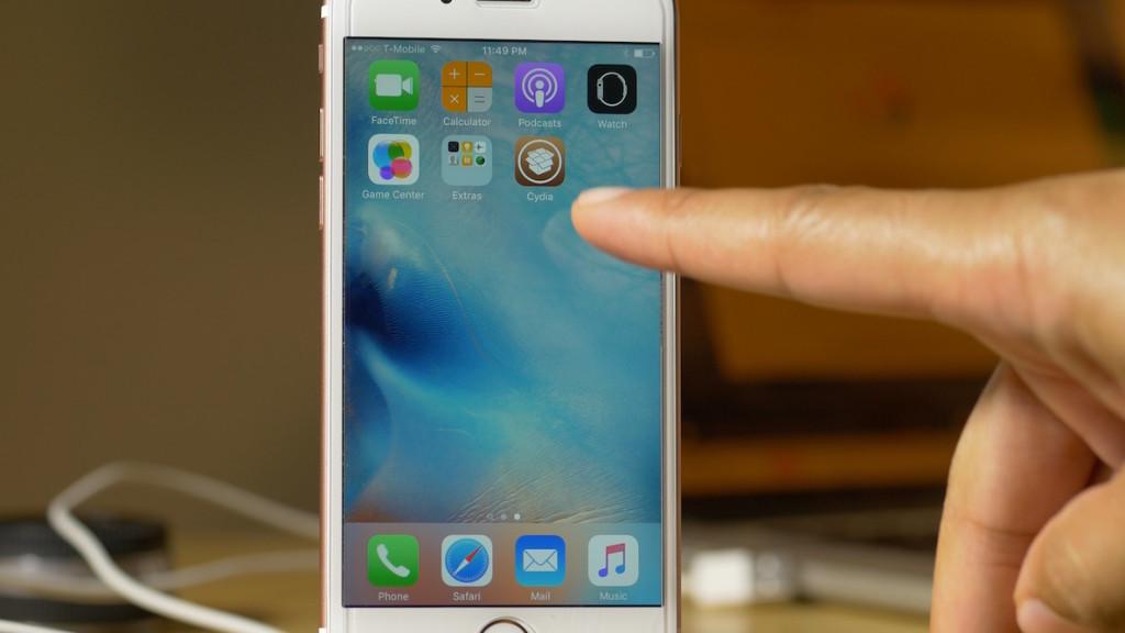 Preparing FileSystem Cydia SPeed iPhone 6s 1024x576 La configuration initiale de Cydia révèle la puissance de liPhone 6s