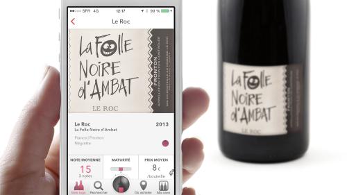 TAW hand noirdambat ios 500x281 Tagawine, le premier véritable réseau social pour les amateurs de vin
