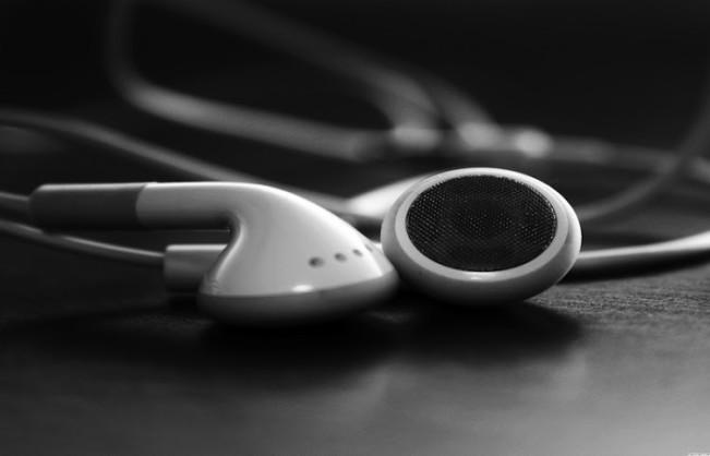 apple music earpods e1445247031908 Les jeunes refusent de payer pour Apple Music