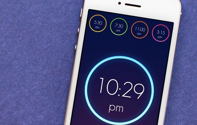 wake alarm iphone hero Découvrez les bons plans App Store de ce Dimanche 18 octobre 2015 !