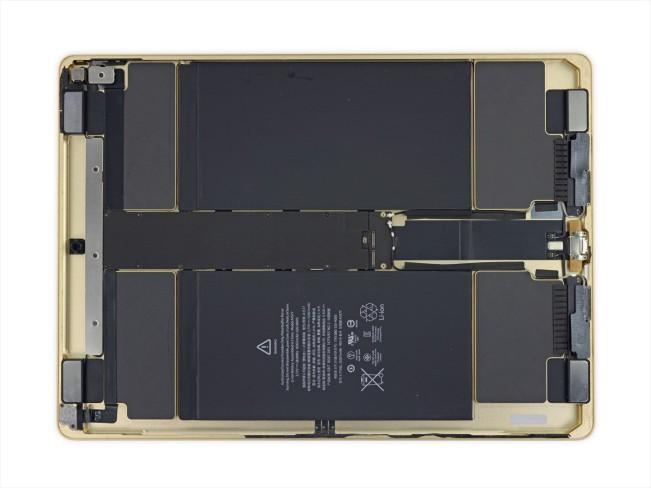 ifixit ipad pro1 e1447317075764 LiPad Pro se met à nu et se révèle très sexy