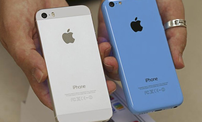 iphone 5s e1450096940392 Le prix de liPhone 5s baisse de moitié en Inde