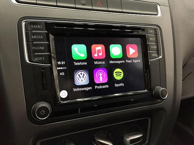 carplay volkswagenforeign Apple empêche Volkswagen dexposer CarPlay au CES 2016