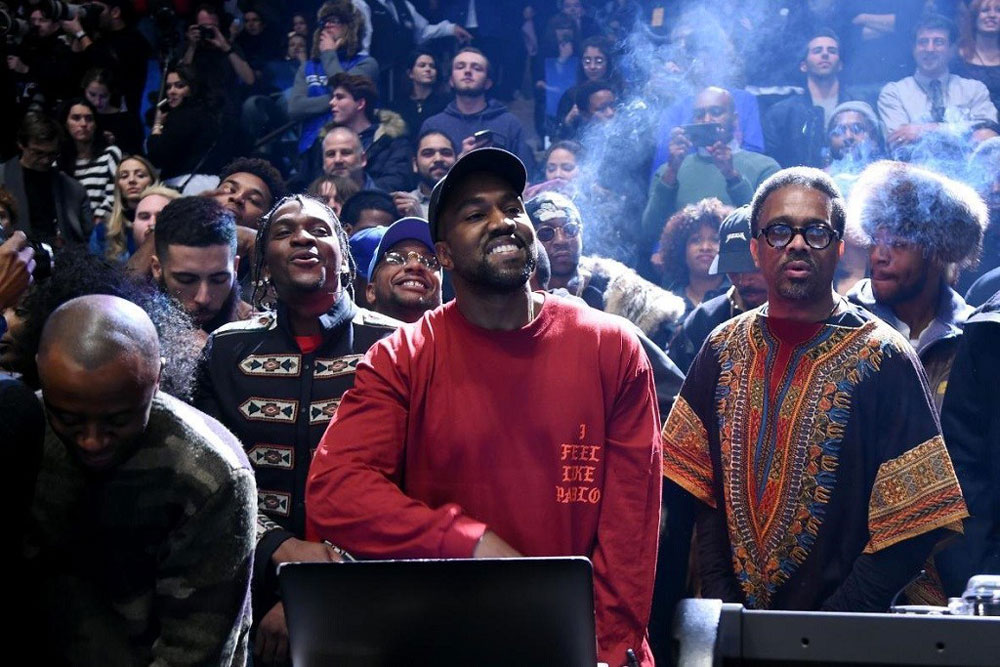 kanye west the life of pablo tidal stream 250 millions Kanye West sort finalement The Life of Pablo sur Apple Music