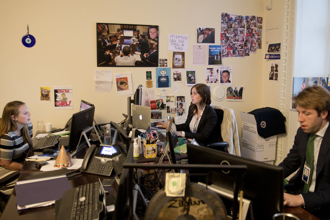personnel maison blanche Maison blanche : le personnel autorisé à utiliser des iPhone contrairement à Obama